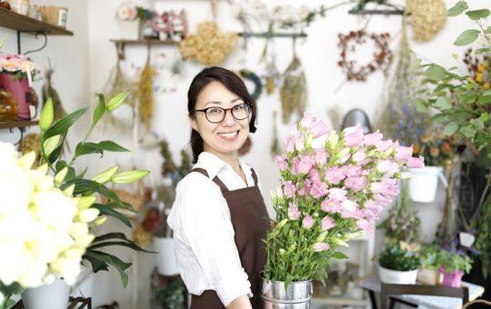 【お花の販売&アレンジスタッフ募集♪】
